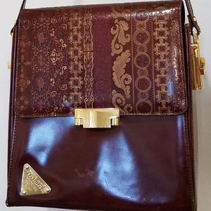 Cognac and Gold Vera Pelle Purse made in Italy